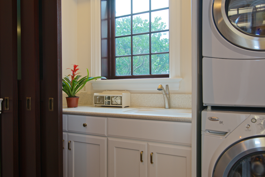 Laundry Mud Room Design In Jacksonville Fl